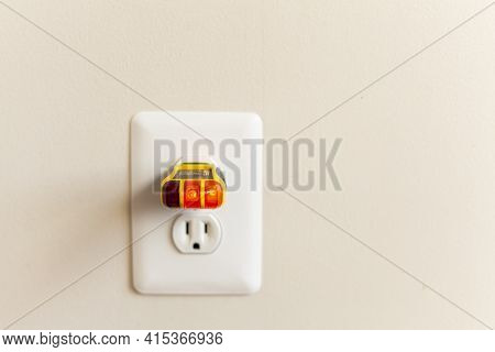 Electrical Outlet Tester Also Known As Plug Tester Is A Small Device That Is Used To Confirm Proper