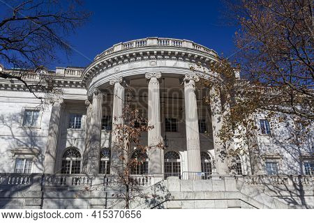 Washington Dc, Usa 11-29-2020: Constitution Hall Building Of The National Society Of Daughters Of Th