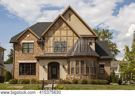 Frederick, Md, Usa 08/14/2020: A Stylish Elegant House In Downtown Frederick. This Single Family Hom
