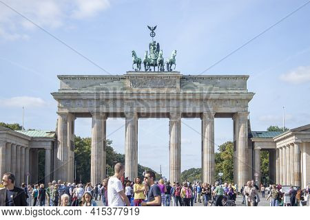 Berlin, Germany 09/15/2009: A View Of The Brandenburg Gate, An Iconic Symbol Of Berlin And A Popular