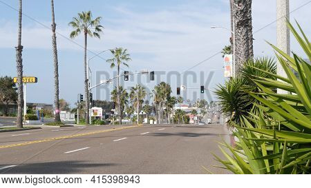 Oceanside, California Usa - 27 Jan 2020: Palm Trees On Route 101 American Highway, Pacific Coast Tro