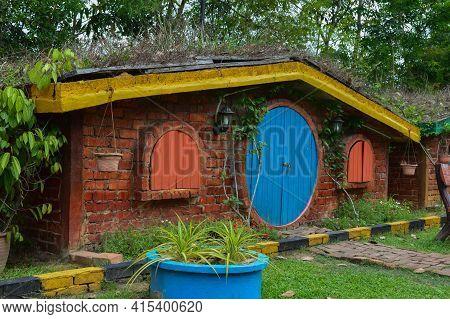 Kuala Selangor,malaysia: April 2nd 2021-the Hobbit House Located In Kuala Selangor Malaysia. Selecti