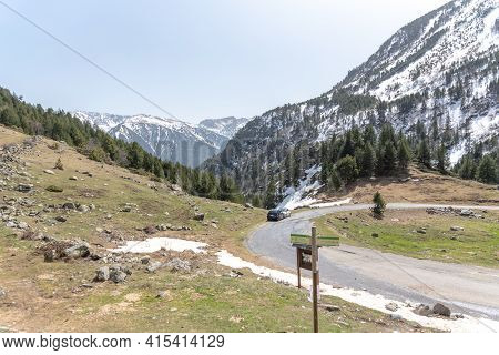 Arcalis, Andorra : 2021 March 30 : Cabanes Del Castellar In Spring On The Road To Ordino Arcalis In