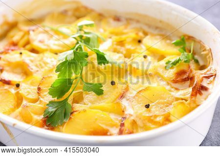 potato gratin with cream and cheese- gratin dauphinois