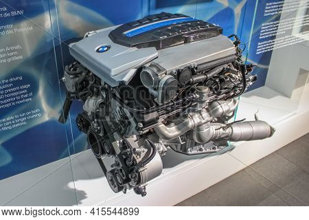 Germany, Munich - April 27, 2011: Bmw Hydrogen 7 Engine In The Exhibition Hall Of The Bmw Museum. Th