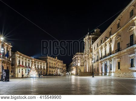 Syracuse Sicily/ Italy -december 23 2015: Cathedral Square In The Christmas Night