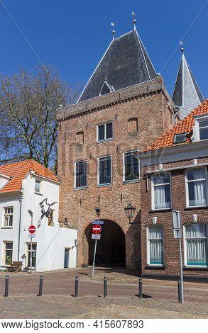 Kampen, Netherlands - April 22, 2020: Historic Koornmarktspoort City Gate In Kampen, Netherlands