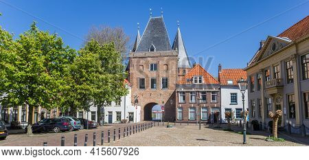 Kampen, Netherlands - April 22, 2020: Panorama Of The Historic Koornmarktspoort City Gate In Kampen,