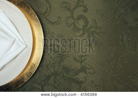 Silk Background und Teller