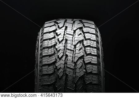 All Terrain Tire Pattern 4wd, Front Tire View