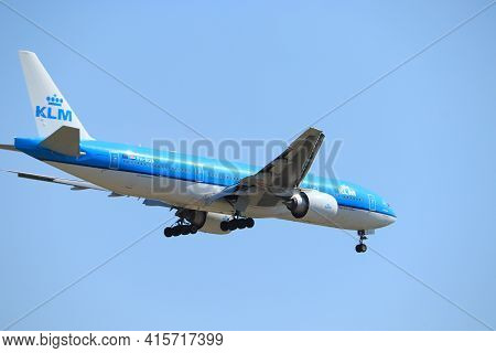 Amsterdam, The Netherlands - August, 7th 2020: Ph-bqb Klm Royal Dutch Airlines Boeing 777, Final App