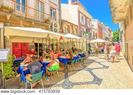 Cascais, Portugal - August 6, 2017: People Eating In The Many Restaurants At Historic Center Of Popu