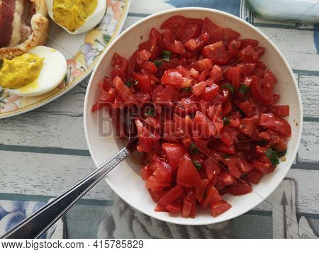 Cherry Tomatoes With Parsley Cherry Tomatoes With Parsley