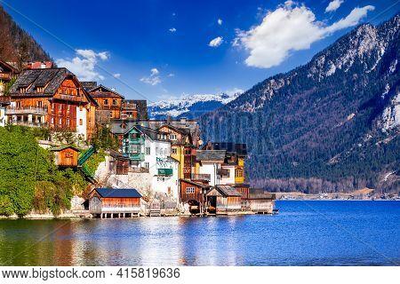 Hallstatt, Austria - Scenic Postcard Village And Famous Hallstattersee In Upper Austria
