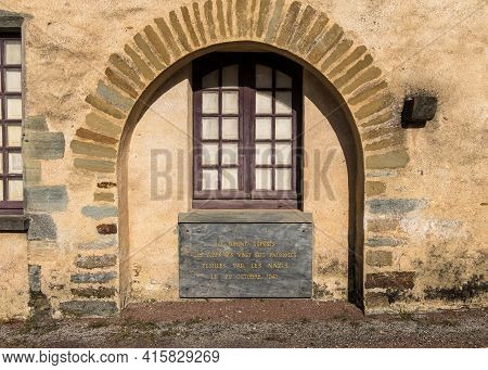 Chateaubriant, France - August 23, 2019: Plaque Commemorates 27 People Was Shot On 22 Oktober 1941 A