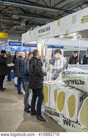 Kiev, Ukraine March 18 2021. International Building Exhibitionduring A Pandemic. Equipment For Const