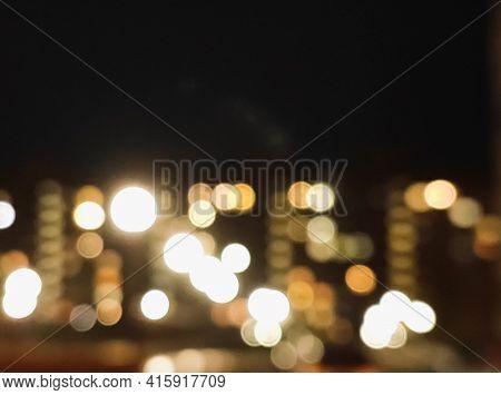 Blurry Lights Of The Night City, Nightlife