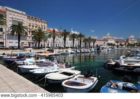 Split, Croatia - July 20, 2019: Harbor View Of Split. Croatia Had 18.4 Million Tourist Visitors In 2