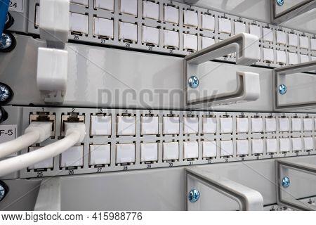 Patch Panel, Internet Cables