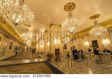 Las Vegas, Nv, September 12: Registration Desk At The Paris Hotel In Las Vegas At Night. Utah. Usa 2