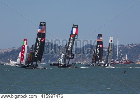 San Francisco, Ca, Usa - August 26, 2012: A Group Of Catamaran Team Race During The America's Cup Wo