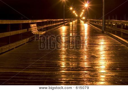 StreetlightsWhiteRockPier_4141