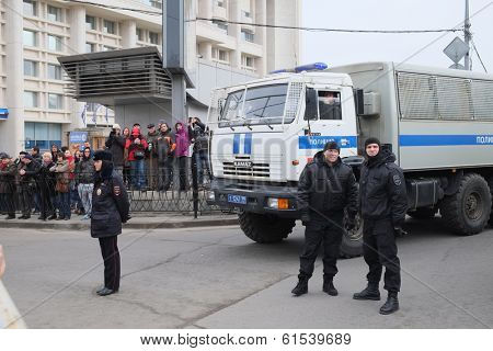 MOSCOW - MARCH 15: Policemen at the protest manifestation against war in Ukraine and Russia's support of separatism in the Crimea, Circular Boulevards in Moscow, Russia on March, 15, 2014.