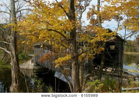 Fallasburg Covered Bridge In Autumn