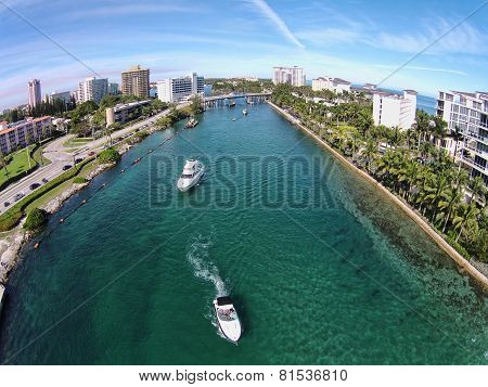 Leisure Boating In Boca Raton Florida