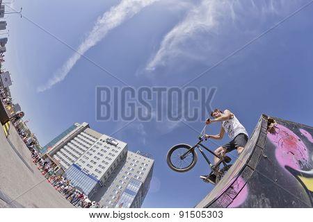 Athlete Bike Bmx Preparing For Exemplary Performance