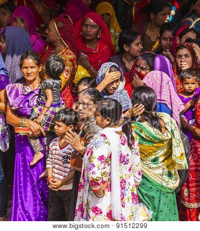 Indian Women Queue Up For Entrance To The Yearly Prozession