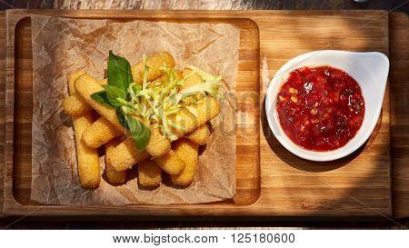 Homemade Fried Mozzarella Sticks with Marinara Sauce