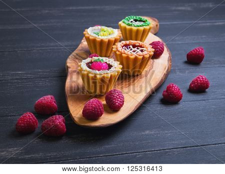 Small Cakes Petit Fours