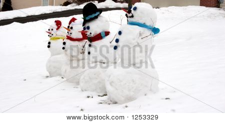 Snowmen Family Of Four - Snowman