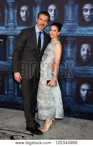 LOS ANGELES - APR 10:  David Benioff, Amanda Peet at the Game of Thrones Season 6 Premiere Screening at the TCL Chinese Theater IMAX on April 10, 2016 in Los Angeles, CA