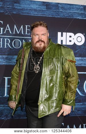 LOS ANGELES - APR 10:  Kristian Nairn at the Game of Thrones Season 6 Premiere Screening at the TCL Chinese Theater IMAX on April 10, 2016 in Los Angeles, CA
