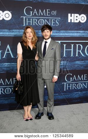 LOS ANGELES - APR 10:  Zoe Grisedale, Iwan Rheon at the Game of Thrones Season 6 Premiere Screening at the TCL Chinese Theater IMAX on April 10, 2016 in Los Angeles, CA