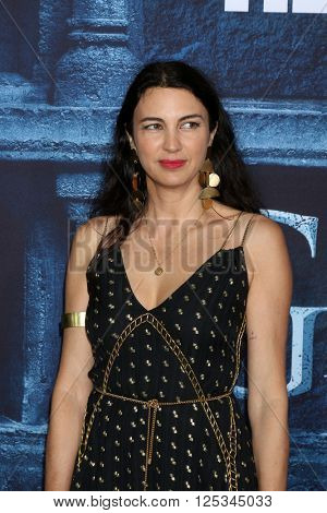 LOS ANGELES - APR 10:  Shiva Rose at the Game of Thrones Season 6 Premiere Screening at the TCL Chinese Theater IMAX on April 10, 2016 in Los Angeles, CA