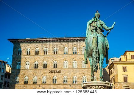 Equestrian statue of Cosimo de 'Medici in front of Palazzo Generali in Florence, Italy.