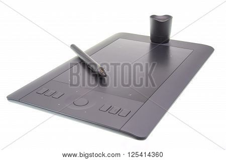 Isolated graphic tablet with touch pad and pen