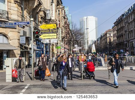 People Cross The Street At The Place In Front Of Frankfurt Train Station