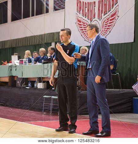 Bc Krasnye Krylia Head Coach Sergey Bazarevich Disputes With The Referee