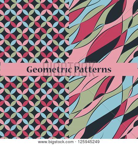 Set of two seamlrss dark geometric patterns