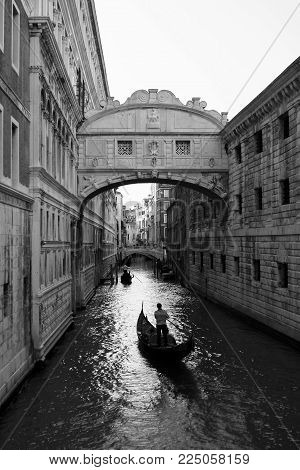 Italy. Venice. The Bridge of the Doges
