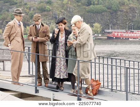 Stockholm - Sept 24, 2016: Elegant Men And Women Wearing Old Fashioned Tweed Clothes And Hats In The