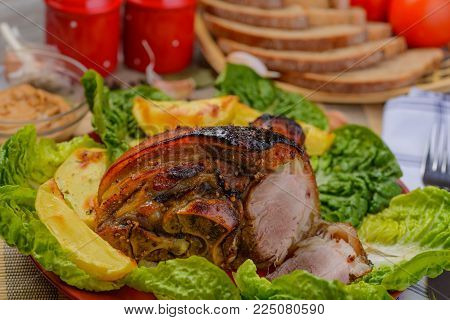 food, meat, meal, dinner, chicken, grilled, vegetable, salad, dish, beef, pork, plate, lunch, cuisine, delicious, green, restaurant, tomato, roast, vegetables, fish, gourmet, healthy, sauce, red, pork leg, brunch, beano, beanfeast, baked leg, pork leg in