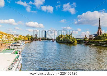 FRANKFURT GERMANY OKTOBER  2017: Cityscape with cruise ship in the river, Frankfurt am main, Germany