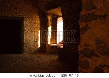 inside the abandoned fort in Paimogo lourinha