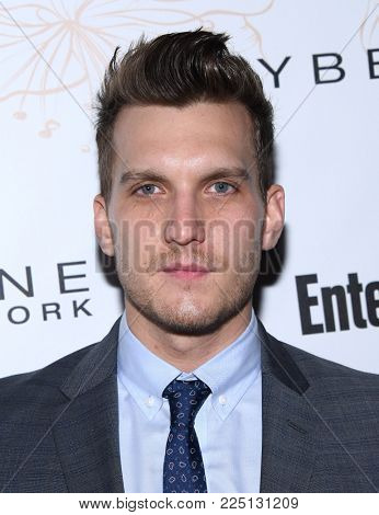 LOS ANGELES - JAN 20:  Scott Michael Foster arrives for the EW Magazine honors SAG Nominees on January 20, 2018 in West Hollywood, CA