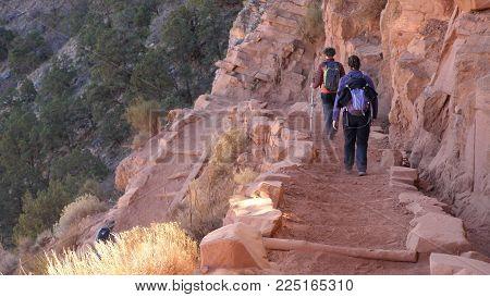 Hiker Go Down At Grand Canyon South Kaibab Trail